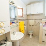 hit-booker-apartment-antonio-mostar-bathroom