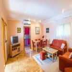 hit-booker-apartment-antonio-mostar-bathroom-dining-room