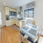 hit-booker-luxury-apartment-mostar-living-room-kitchen-dining-room