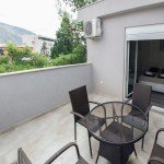 hit-booker-luxury-apartment-mostar-bedroom-terrace