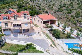 Mostar Villas - Villa Filipovic - Villa with swimming pool in Gnojnice Mostar