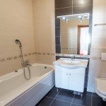 Apartment Orca Centar Bathroom