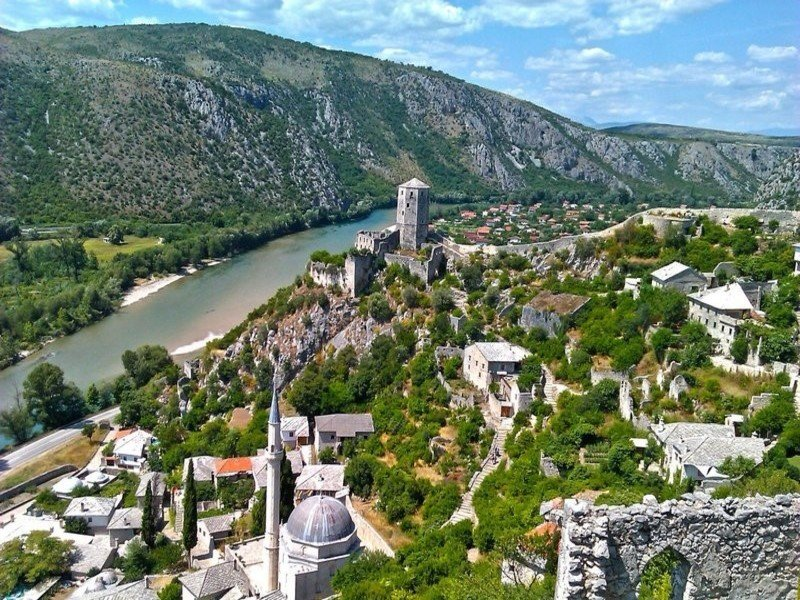 Hit Booker Mostar | Luxury Villas | Holiday Homes | Apartments | Rooms | Tours HIT-POČITELJ-8-1 Mostar full day tour: Experience local life from Dubrovnik