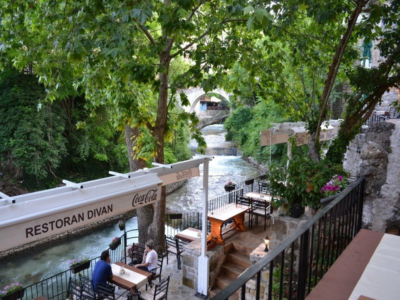 Hit Booker Mostar | Luxury Villas | Holiday Homes | Apartments | Rooms | Tours Divan-Hit-Booker-10-1 Golden rules of visiting Mostar