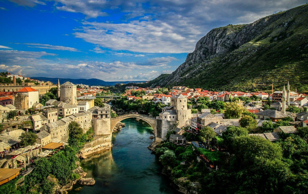 Mostar-(Bosnia-and-Herzegovina)