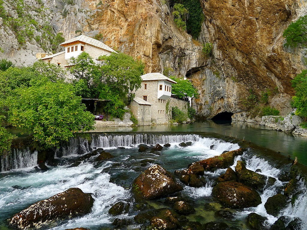 Hit Booker Mostar | Luxury Villas | Holiday Homes | Apartments | Rooms | Tours Vrelo-Bune-Blagaj Top 5 Eco Attractions in Herzegovina That You Should See