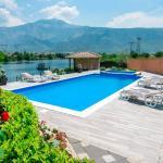 Luxury Villa Ana With An Open-air Swimming Pool Near river Buna
