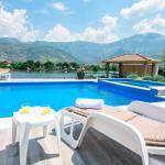 Luxury Villa Ana Swimming Pool Deck