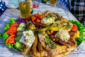 Mostar-Delicious-Food-Hit-Booker