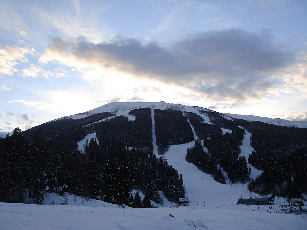 Hit Booker Mostar | Luxury Villas | Holiday Homes | Apartments | Rooms | Tours bijelasnica-ski-resort-bosnia-hercegovina Ski Resorts | Winter Fairy Tale in Bosnia and Herzegovina