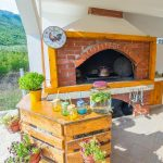 Vacation Home My Dream - Holiday Home in Mostar - wood stove