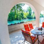 Mostar Villas - Villa Idila Buna Mostar / Open swimming pool and private river beach Semi-coverd Outside Dining Area