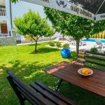 Mostar Villa - Villa King's Garden just minutes from Bčagaj Tekke - Villa with open swimming pool - garden table