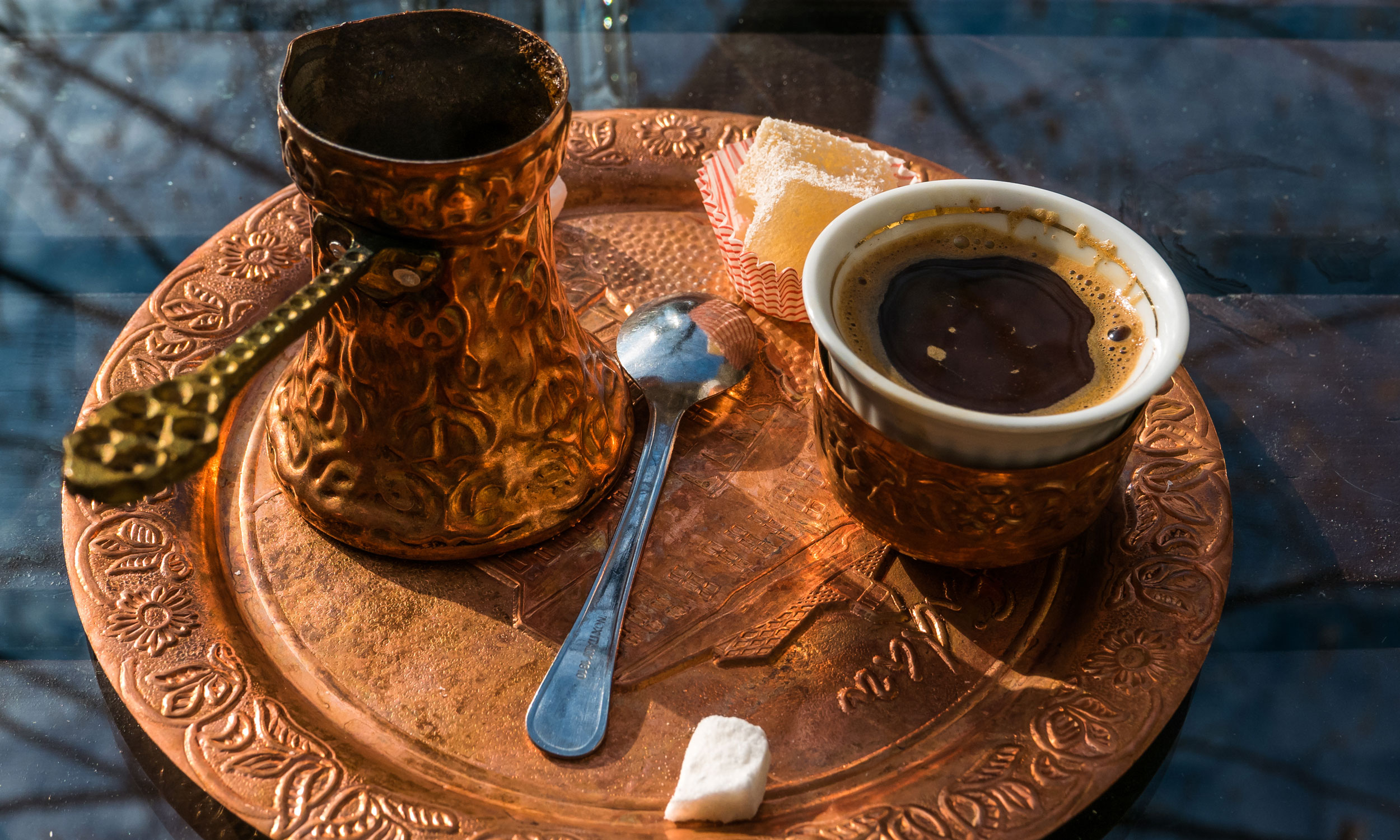 Hit Booker Mostar | Luxury Villas | Holiday Homes | Apartments | Rooms | Tours coffe_Mostar Top Things to Know about the Mostar Coffee Culture phenomenon